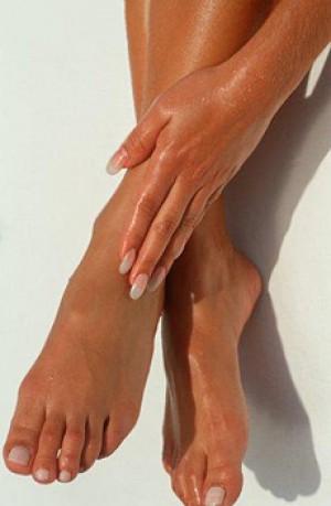 Чем можно убрать грибок на ногтях